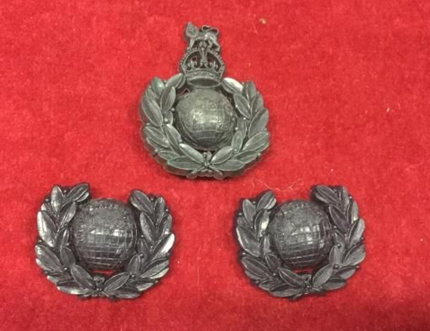 Royal Marine Plastic Cap and Collar Badges