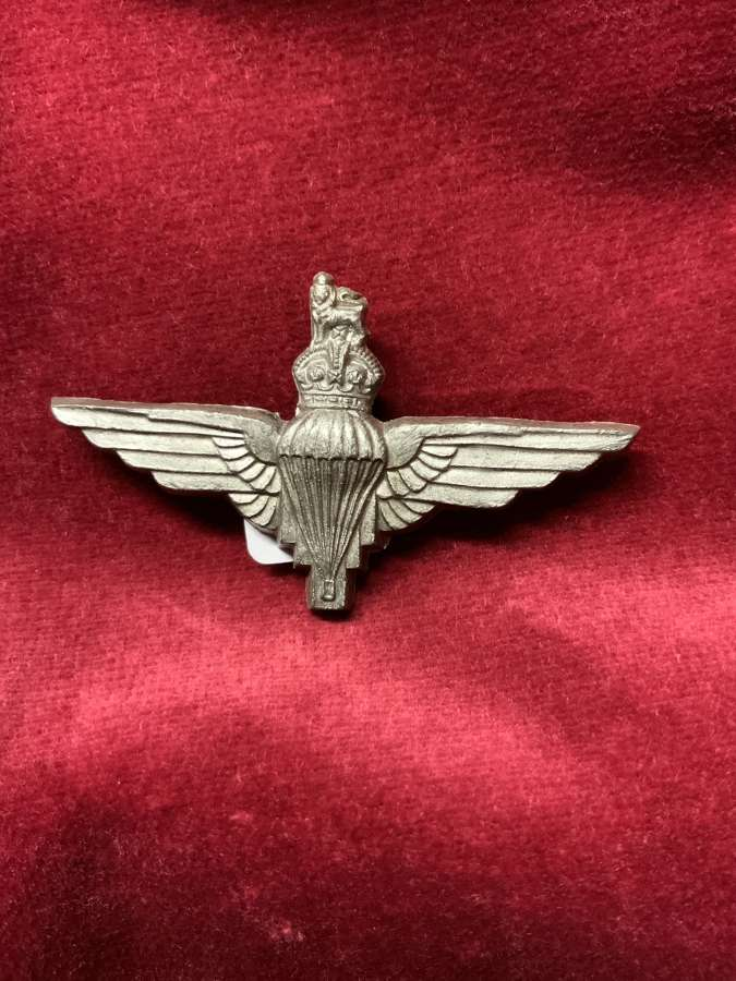 Parachute Regiment  plastic Cap Badge