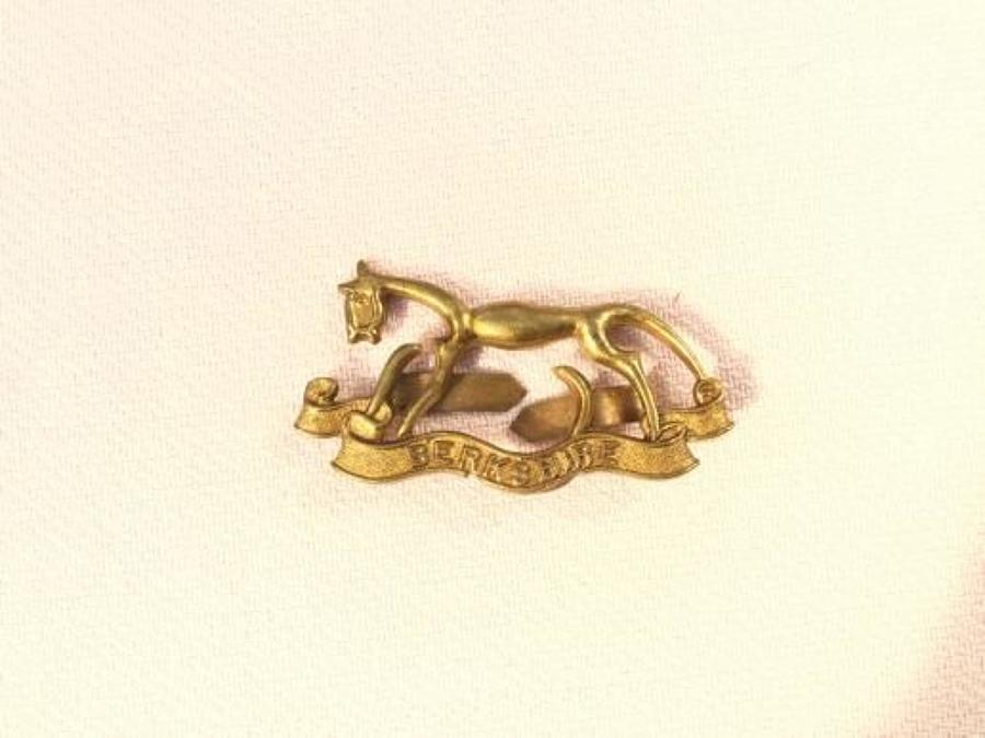 Berkshire Yeomanry Officers Cap Insignia.