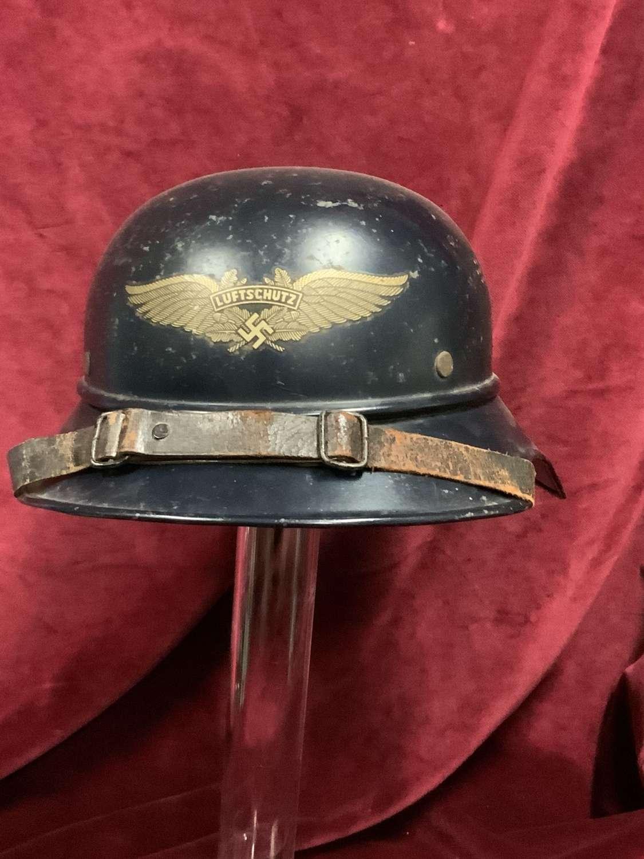 Luftschutz Gladiator Helmet.