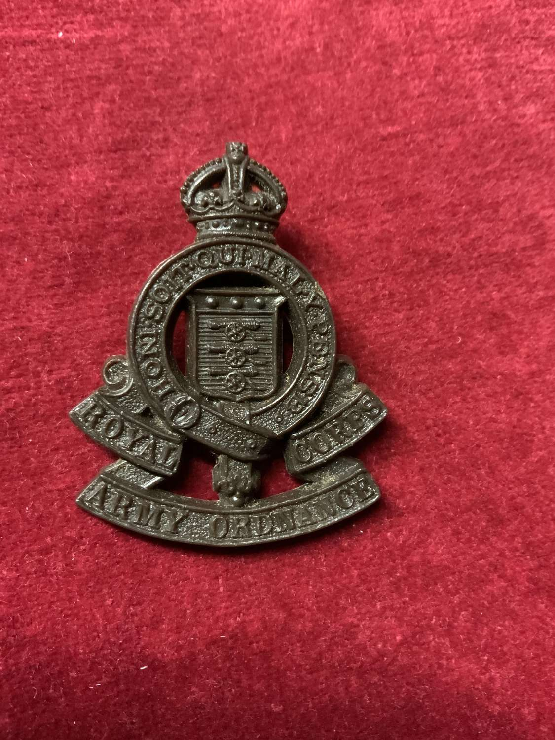 Royal Army Ordnance Corps, Plastic Cap Badge
