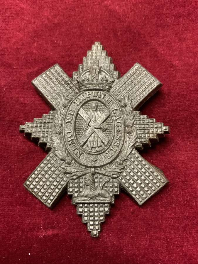 Black Watch Silver coloured Plastic Cap Badge