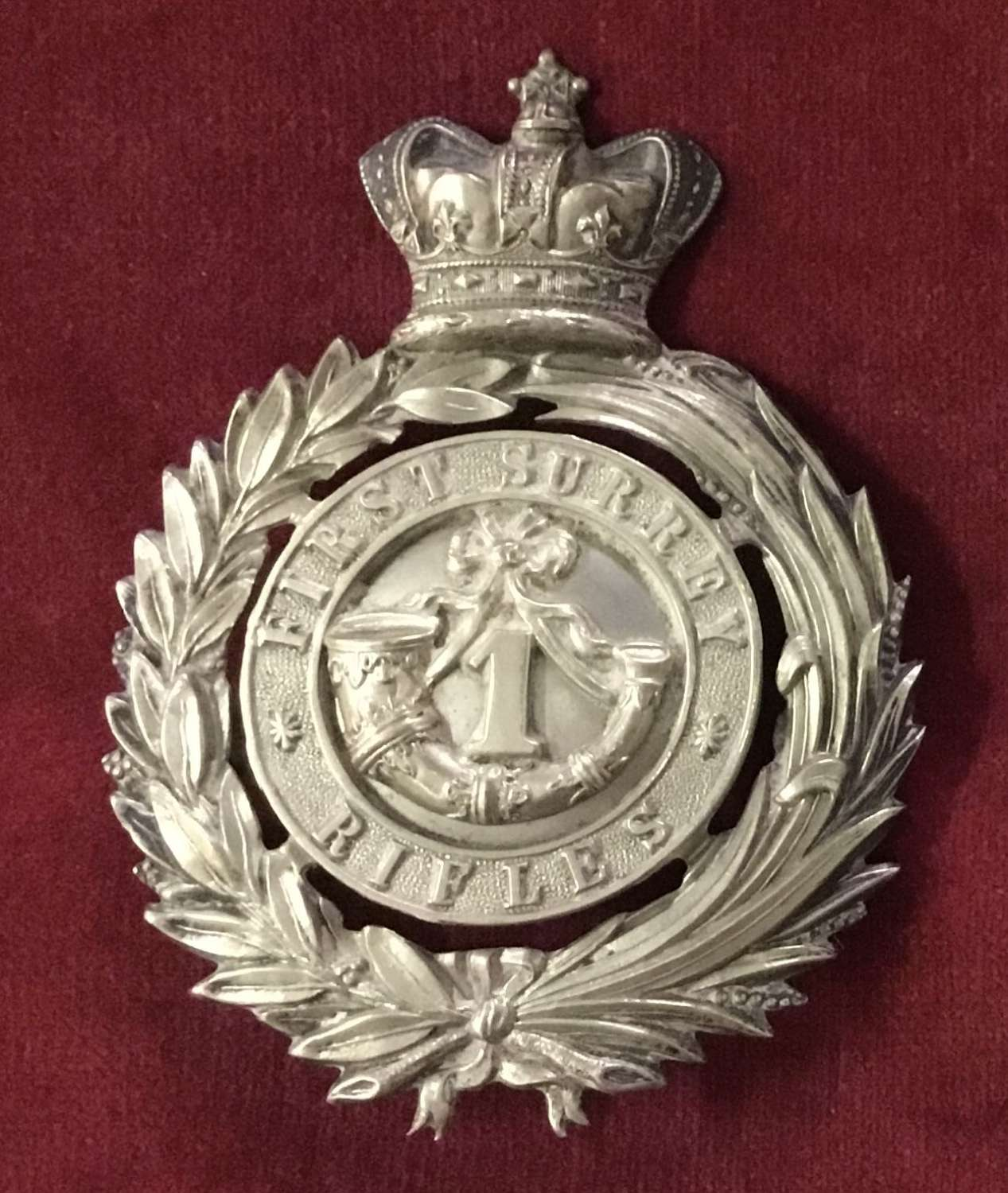 First Surrey Rifles Officers Cap/Hat Badge Insignia
