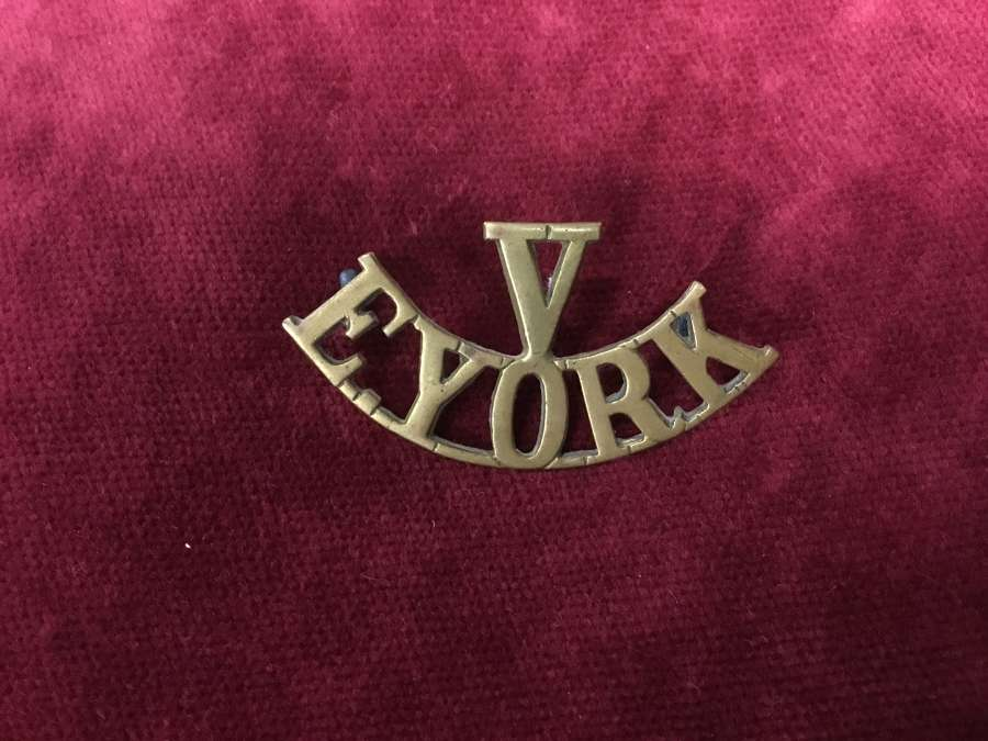 Volunteer Bn's East Yorkshire Regt Shoulder Title (1918)
