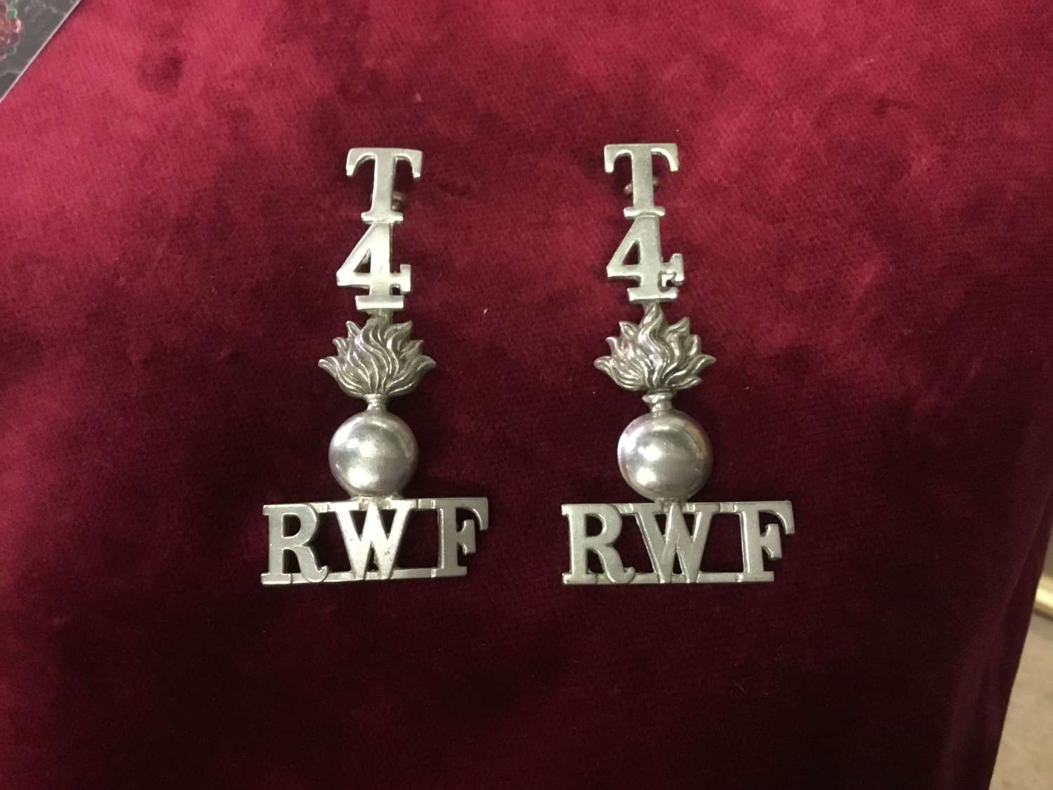 4th TF Bn Royal Welsh Fusiliers Shoulder Title Pair